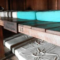 Encore des lits à Asinau